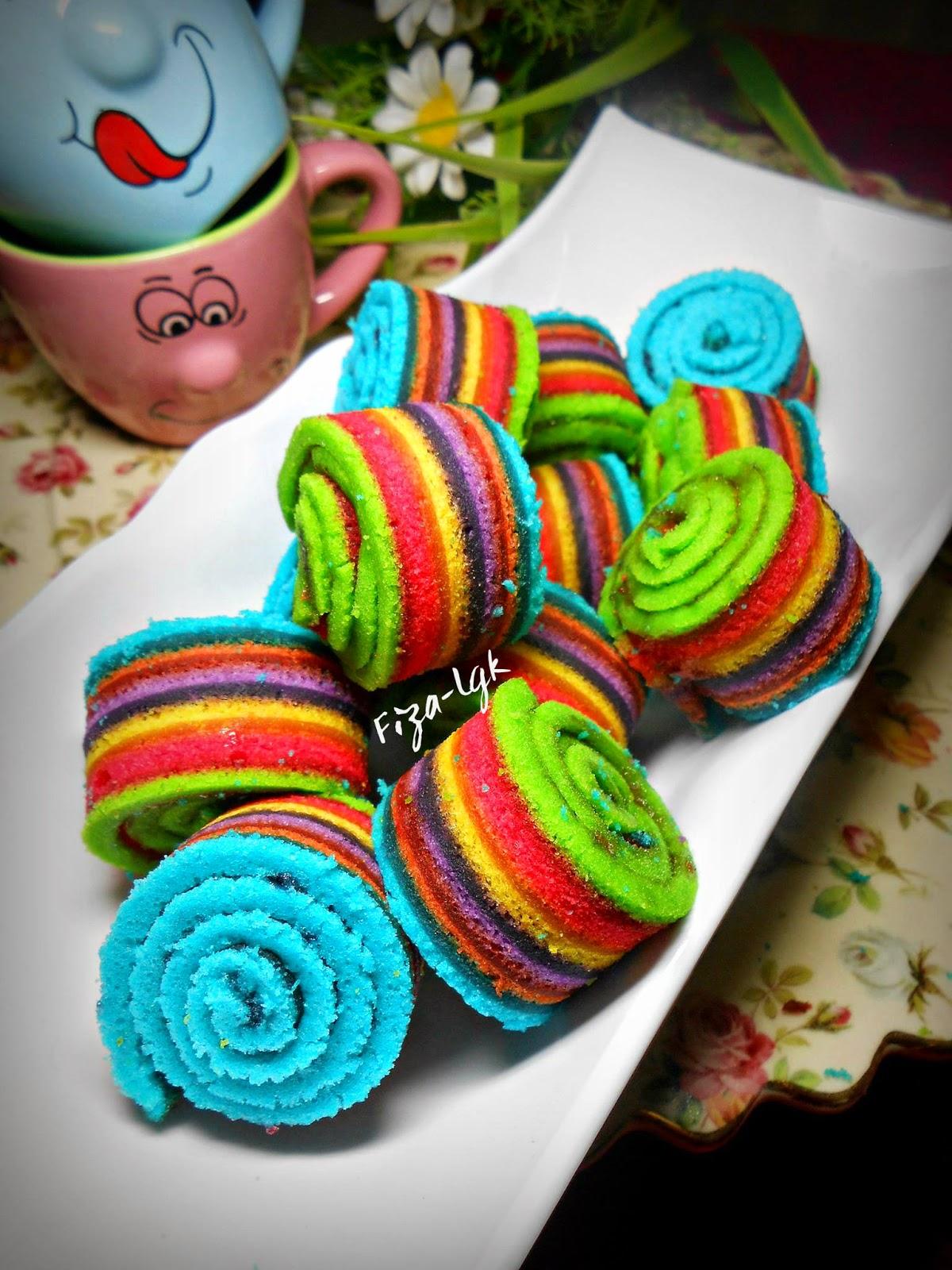 MINI RAINBOW CAKE ROLL - KUKUS | Fiza's Cooking