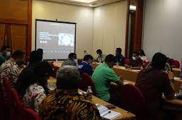 Mohamad Lakotani Buka Rakor dan Training Program Prosppek-Otsus Papua Barat