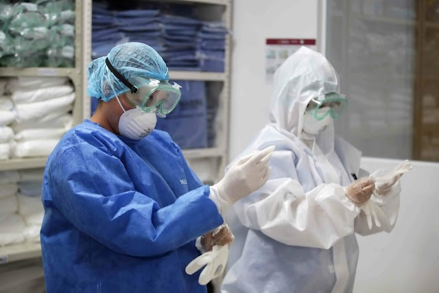 19 mil médicos y enfermeras quieren combatir COVID-19 en México