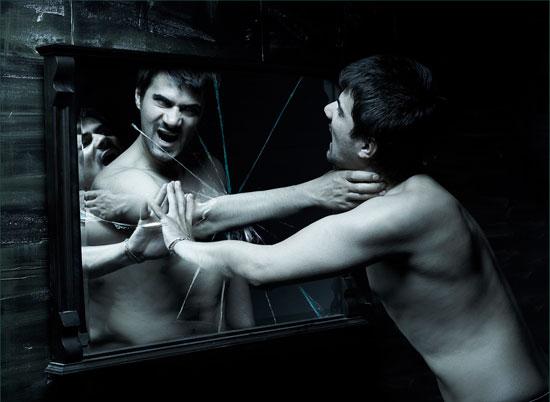 Ποιό είναι το είδωλο του καθρέφτη σου;