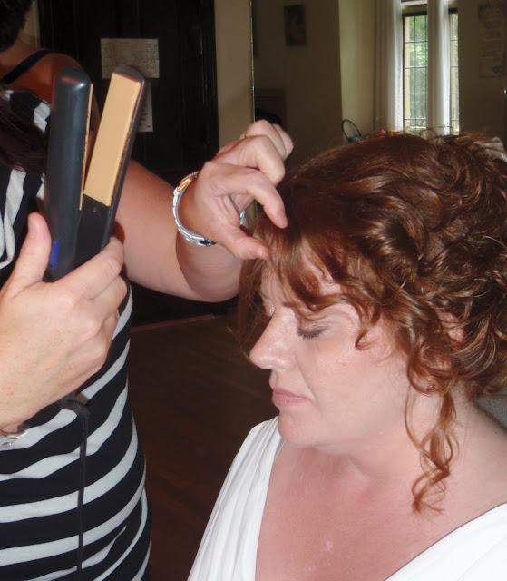 Hunting Hill Mansion at Ridley Creek State Park bridal hairstyle