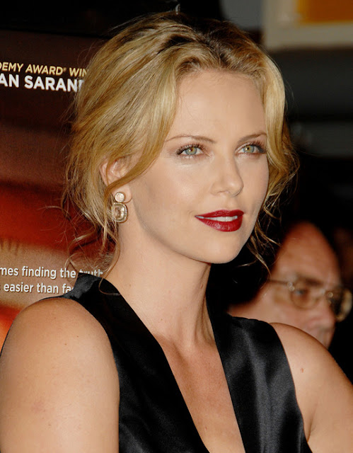 Top of the most beautiful photos of Charlize Theron