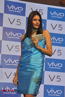 Sexy Hot South Girls Surabhi and Pooja Sree In Short dress hot legs Sexy Figure at launch of VIVO V5 Phone