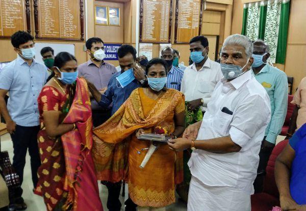 Latest Kalvi News : அரசு பள்ளி மாணவி IAS தேர்வில் முதலிடம்!