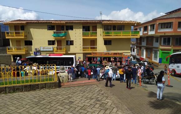 Desplazamiento masivo en Ituango: más de 800 personas huyen de sus hogares