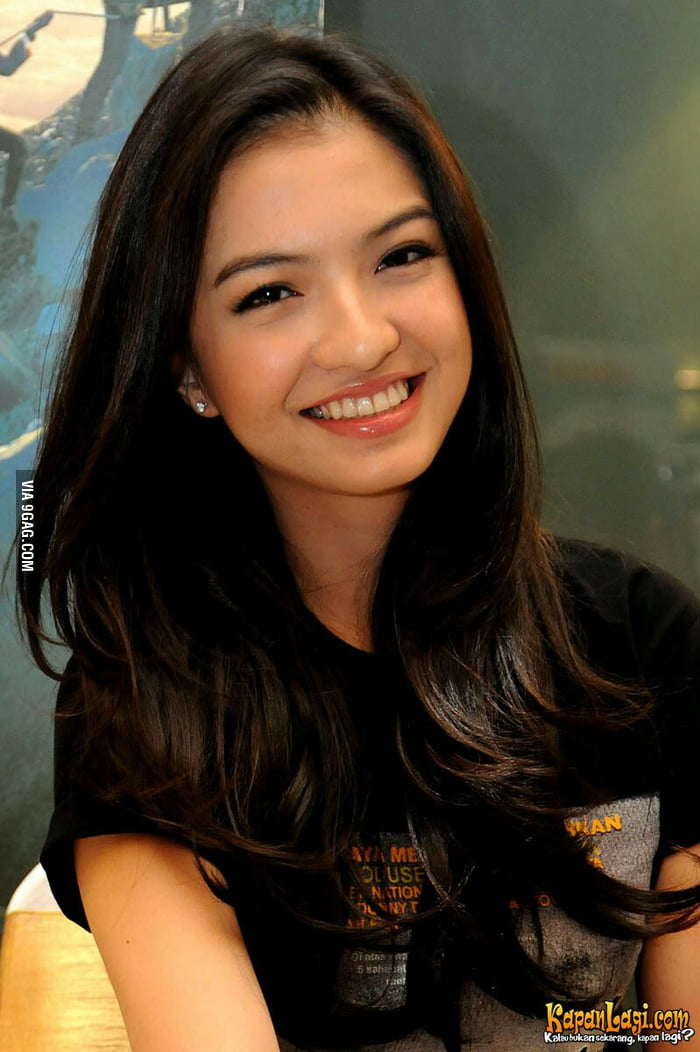 Beautiful Girl In Indonesian Language