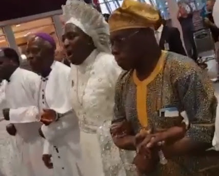 See How Obasanjo Was Received By Cherubim & Seraphim Church In US (Photos)