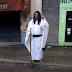 TUCUMÁN: UN CANDIDATO A CONCEJAL RECORRE LAS CALLES VESTIDO DE JESÚS