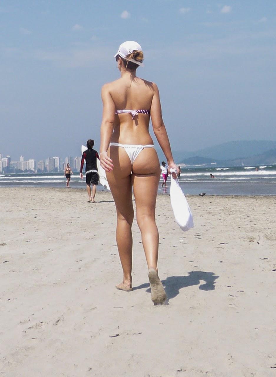 Nalgonas en la playa