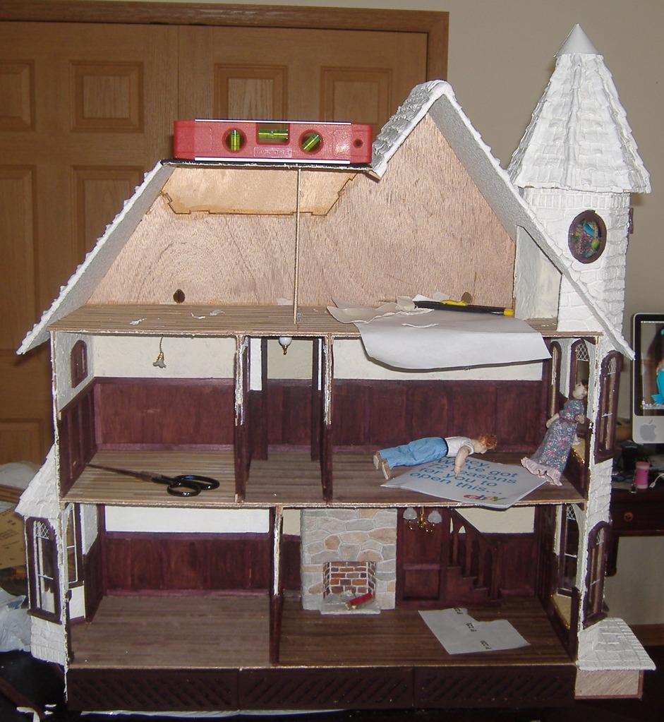 Custom Styled Dollhouse Kits: McKinley Dollhouse Build Blog (Roof