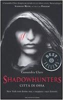 http://www.vivereinunlibro.it/2013/11/recensione-shadowhunters-citta-di-ossa.html