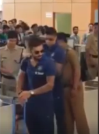 Indian team gets loud cheers at Mumbai airport after semifinal loss - crowd chants Kohli, Dhoni  The Indian team may have exited  the T20 World Cup, but they still got a heroes reception at the Mumbai airport.