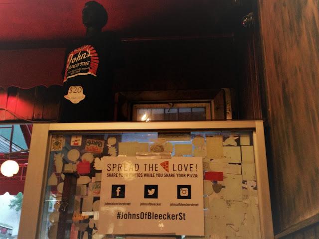 Uma-miúda-em-Nova-Iorque-3-armazem-de-ideias-ilimitada-johns-bleecker-street-pizzeria