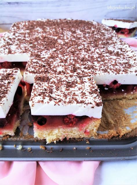 Ciasto z serkiem homogenizowanym i galaretką przepis