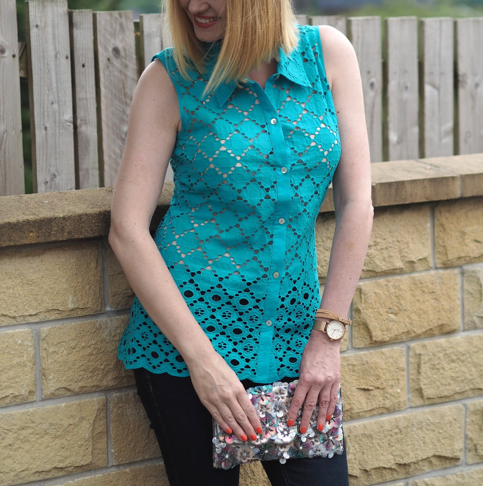 Turquoise broderie anglais blouse top with skinny jeans and wedge shoes