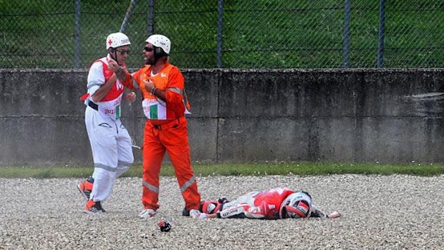 Pembalap MotoGP tengah menggelar sesi latihan mengalami kecelakaan