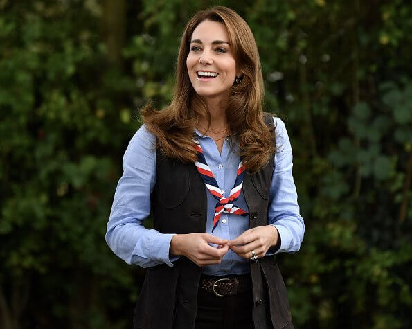 Kate Middleton wore a new brown nubuck waistcoat from Really Wild, and a new blue linen shirt from Massimo Dutti. Chloe brown boots