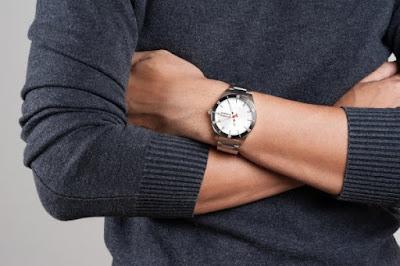 7-Tipe-Jam-Tangan-Pria-Berdasarkan-Desainnya