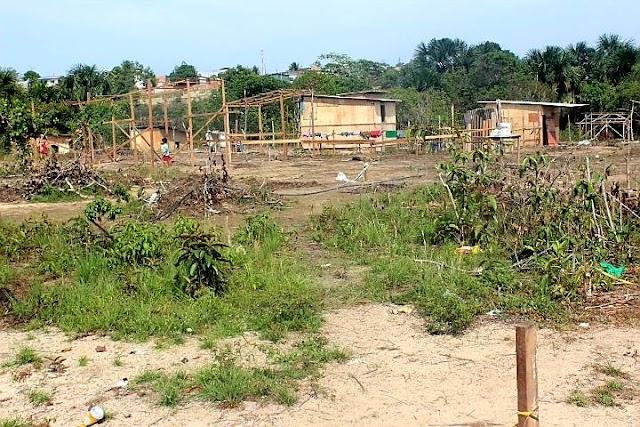 Policiais são recebidos a tiros por mais de 20 bandidos na Invasão Cemitério dos Índios