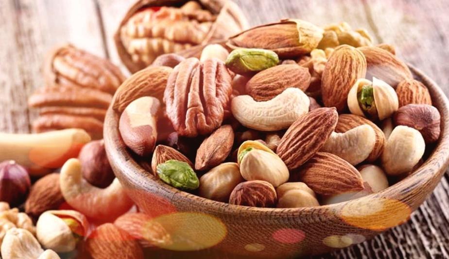 জেনে নিন বাদামের পুষ্টি গত উপাদান সমূহ কী কী