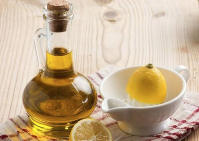 Citromlé és olívaolaj mix: javítja a keringést és méregtelenít