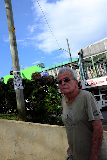 man on sidewalk in Santiago de Puriscal