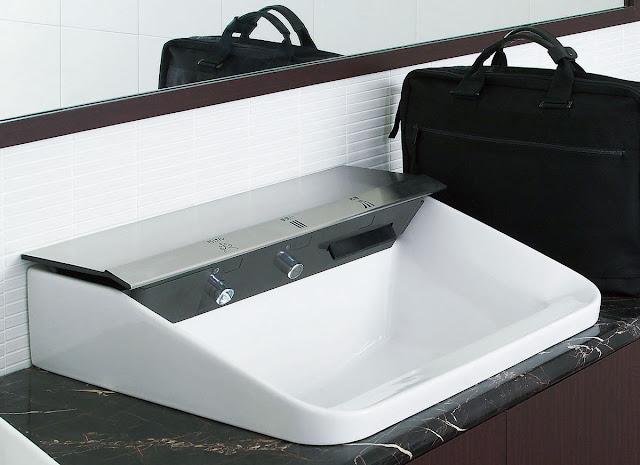 touch-free handwash solution