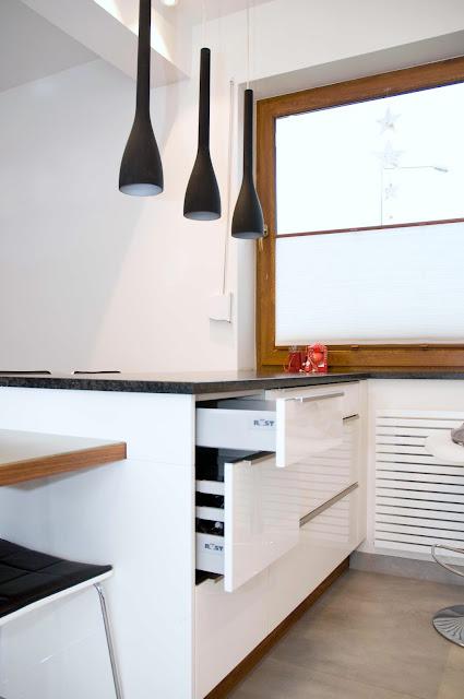 szuflady w kuchni, aranżacja