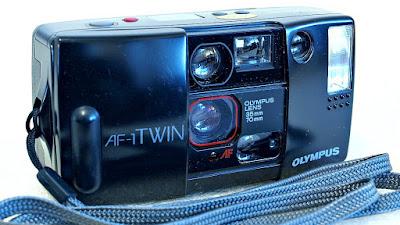 Olympus AF-1 Twin (Olympus 35mm F3.5/70mm F8.5 Lens) #854