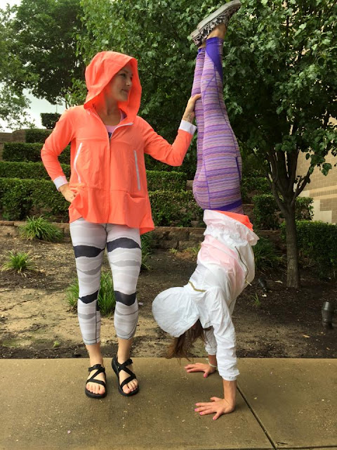 lululemon-sun-showers-jacket grapefruit true-self-crop
