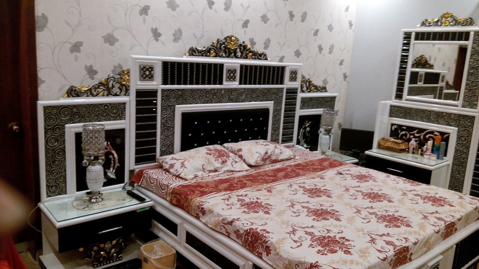 Most Beautifull Deco Paint Complete Bed Set