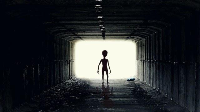 Εξωγήινοι: Η τρομακτική θεωρία ενός επιστήμονα