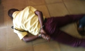 Check In To See How Policemen humiliate a LASTMA Officer in Lagos