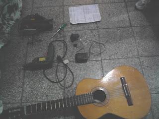 Para poner micrófono a guitarra criolla o española