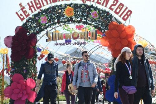 Thiên đường đỗ quyên Fansipan hấp dẫn khách du lịch quốc tế - Ảnh 3