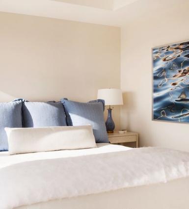 15 طريقة يمكنك من خلالها جعل غرفة نومك أكثر استرخاءا