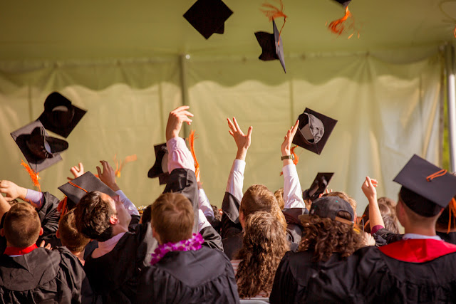 لكل الطلاب العرب 8 من افضل المنح المعلن عنها مؤخرا في كل التخصصات ومختلف المستويات سارع بالتقديم عليها