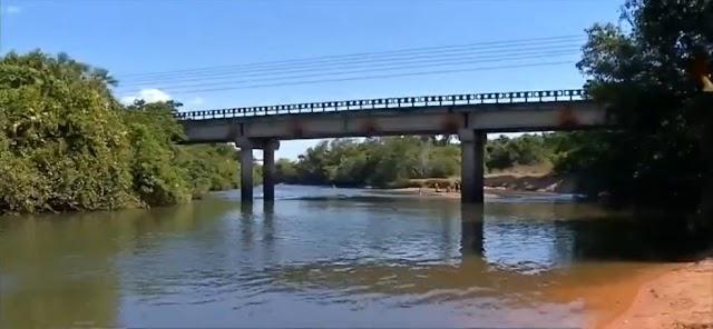 'Me jogaram de cima da ponte no rio', diz motorista de app que fingiu estar morta após ser espancada por ladrões
