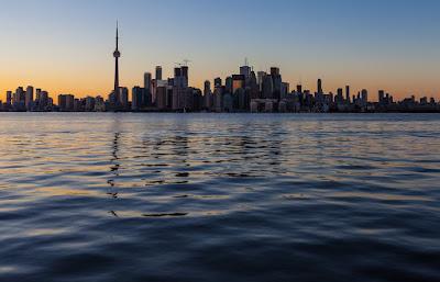 Capvespre a l'Illa de Toronto, Llac Ontàrio, Canadà.