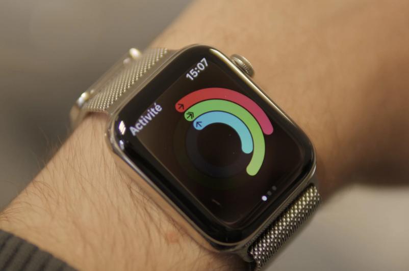 سعر ومواصفات ساعة Apple Watch Series 5