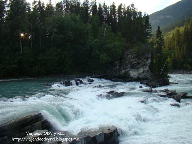 Rearguard Falls, Mount Robson Provincial Park. Canada. Viajando ODV y RCL  http://viajandoodvyrcl.blogspot.mx