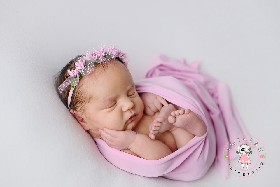Dziewczynka w różowym