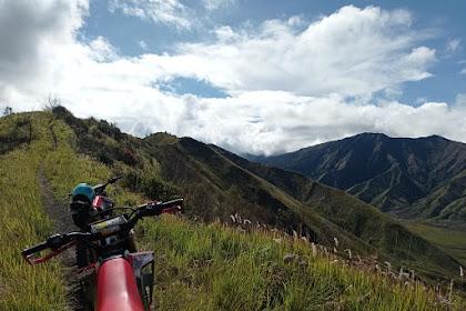 Review Kawasaki D Tracker ke Jalur Punggung Naga Gunung Bromo