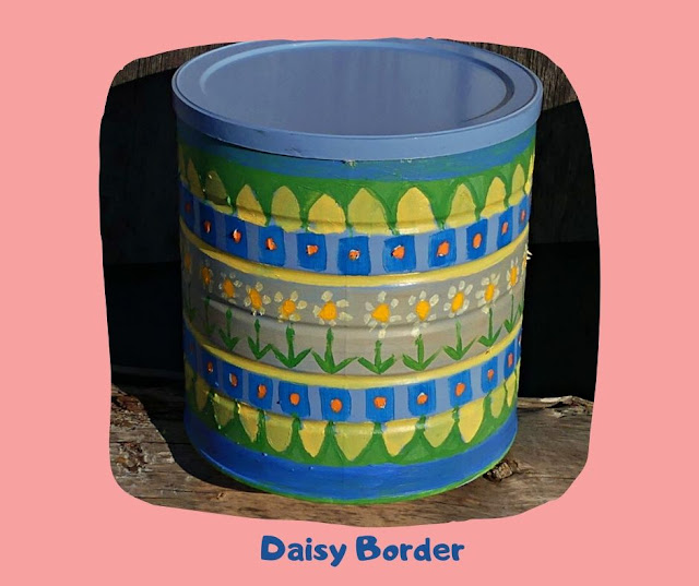 Daisy Border Pot by Minaz Jantz
