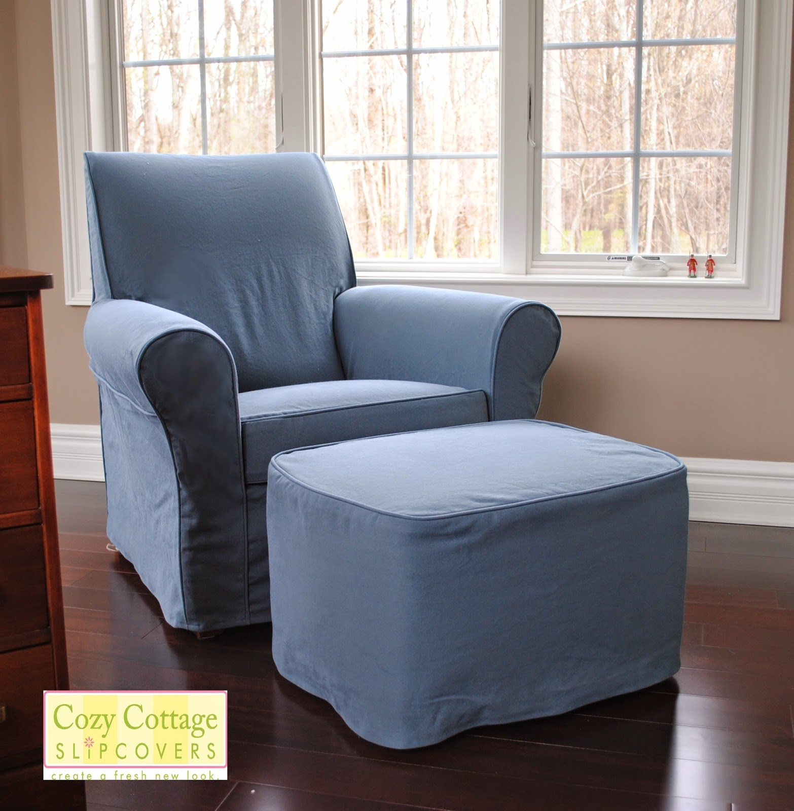 Chair And Ottoman Slipcover Set That Unfolds Into A Bed Cozy Cottage Slipcovers
