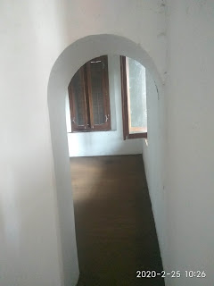 Ruangan tengah sisi timur lantai 2