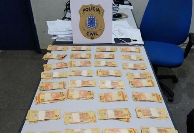 Babá é presa depois de furtar R$ 6.900 da casa dos patrões em Brumado