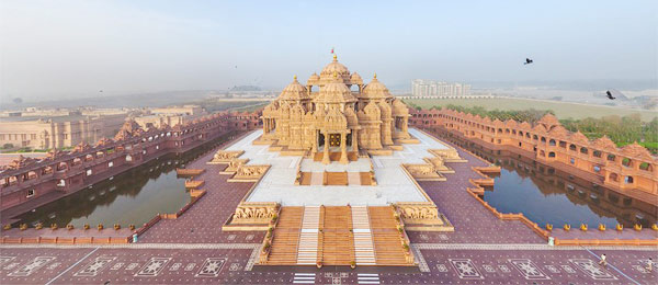 Famous Temples in Delhi