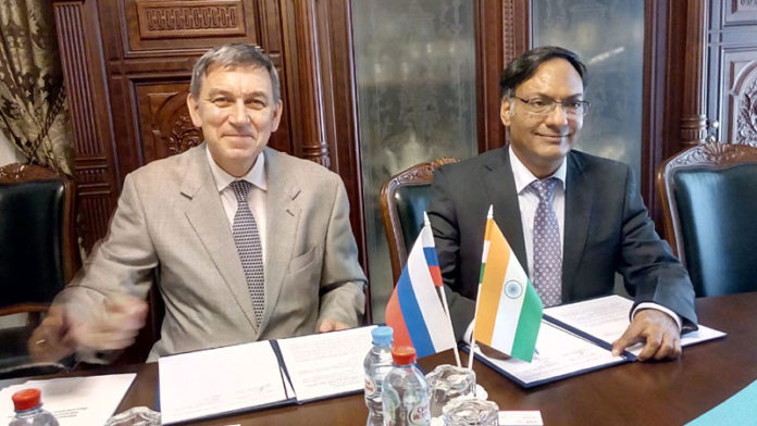 The Secretary, Department of Science and Technology, Prof. Ashutosh Sharma with the Director General, Russian Science Foundation (RSF), Dr Alexander Vitalievich Khulnov, in Moscow
