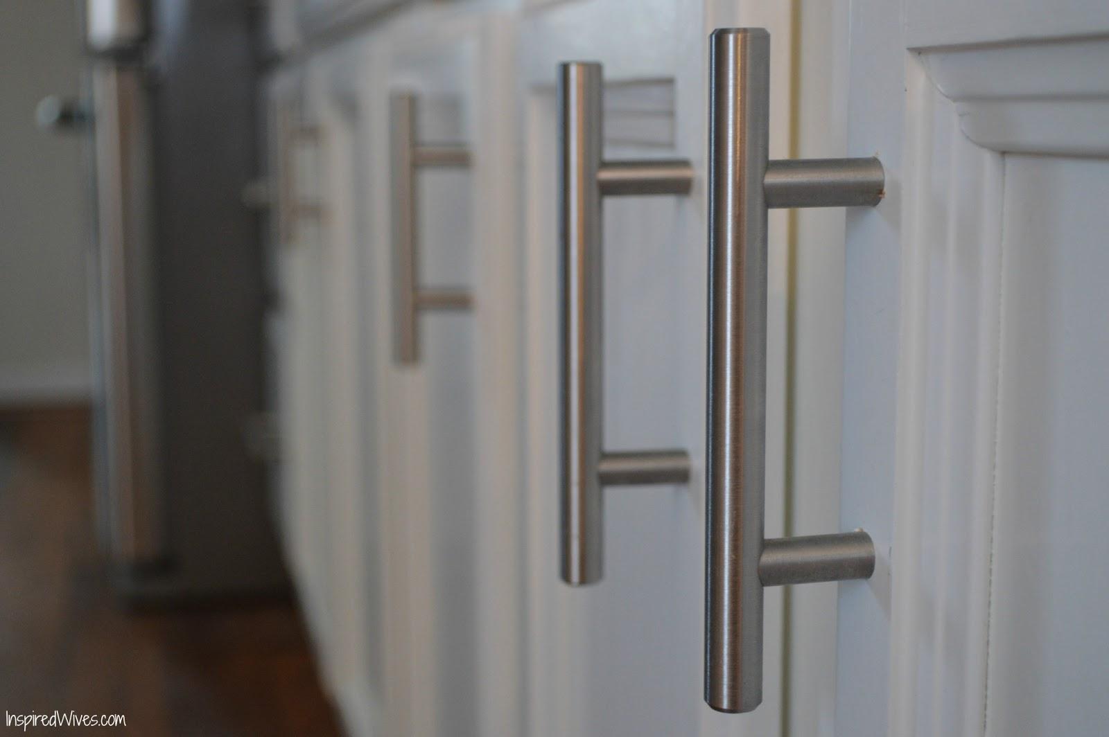 white kitchen cabinet knob ideas knobs for kitchen cabinets Kitchen cabinet hardware ideas Black
